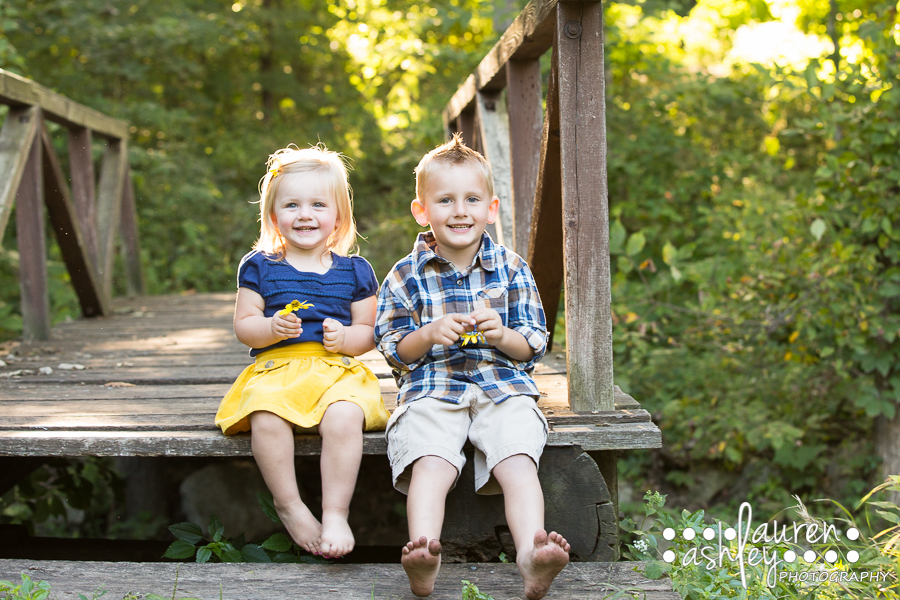 Sibling Fun in the Sun | Cedar Rapids Children's Photography