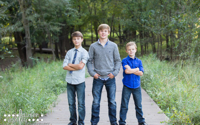 Family Fall Photos | Indian Creek Nature Center in Cedar Rapids, IA